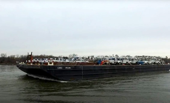 dann-ocean-towing-relief-barge-carrying-cars