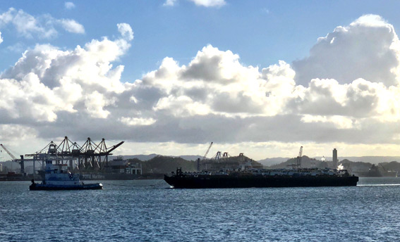 dann-ocean-towing-relief-barge